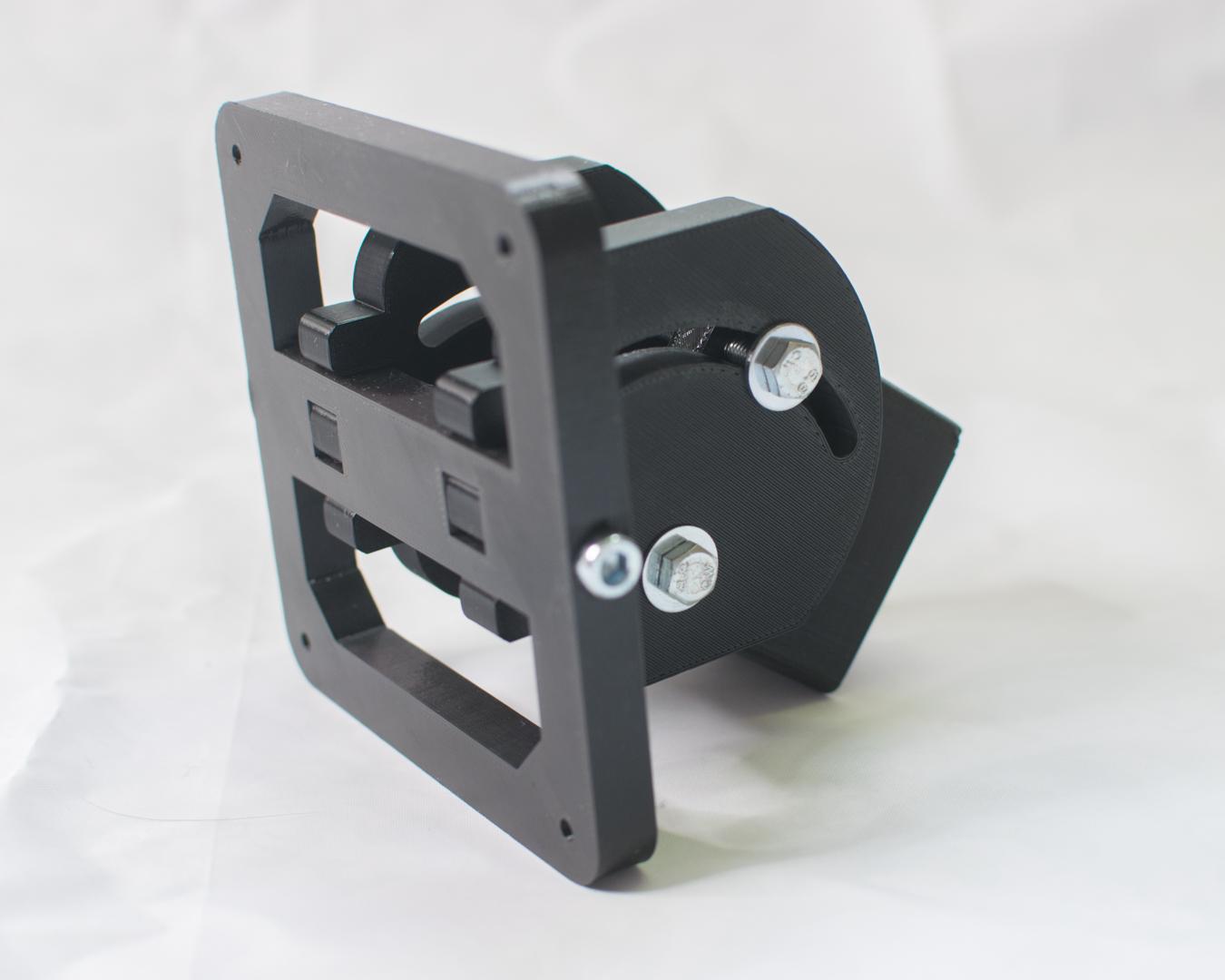 3D-gedruckte Bildschirmhalterung nach VESA Standard in schwarzem PETG